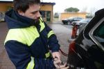 Italia prima in Ue per auto a gas, indietro su elettriche