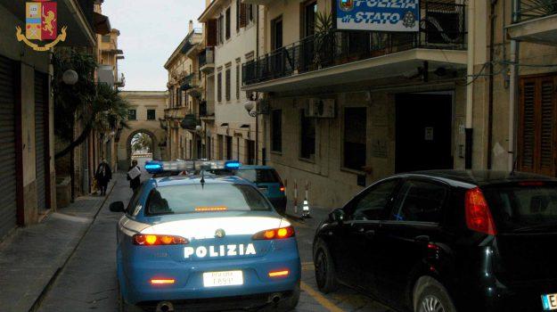 arresti, furti, Erika Minardo, Messina, Cronaca
