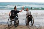 Viaggio intorno al mondo senza limiti per due disabili in carrozzina
