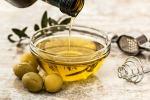 Olio di oliva (fonte: Pixabay)