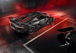 Lamborghini svela SC18 Alston, prima targata Squadra Corse