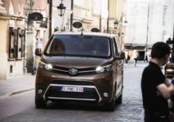 Toyota, Proace Verso con nuovo motore diesel 1.5 120 cv