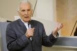 Festa a sorpresa per i 90 anni di Silvio Garattini