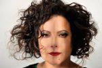 """Sei disci, 115 brani e 180 pagine: Antonella Ruggiero racconta """"Quando facevo la cantante"""""""