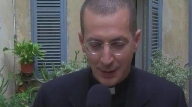 Palermo, la Chiesa ha scomunicato Don Minutella