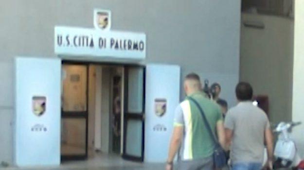 """""""Bilanci truccati"""", nuovi particolari nell'inchiesta sul Palermo Calcio"""