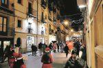 Centro storico di Caltanissetta senza luminarie e addobbi e gli esercenti si organizzano