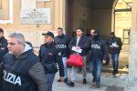 Droga dalla Calabria alla Sicilia, venditori ambulanti per distribuirla: blitz a Palermo con 15 misure cautelari