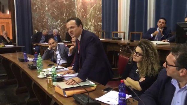 comune messina dissesto, de luca, messina, Cateno De Luca, Messina, Politica