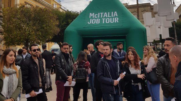 lavoro enna, McDonald's Enna, McItalia job tour, Enna, Economia