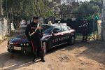 Palermo, sorpresi a bruciare 200 chili di cavi elettrici in via Torre Ingastone: 4 arresti