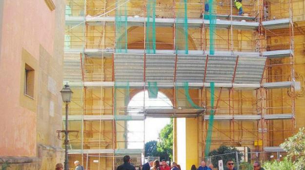 restauro porta garibaldi marsala, Trapani, Cronaca