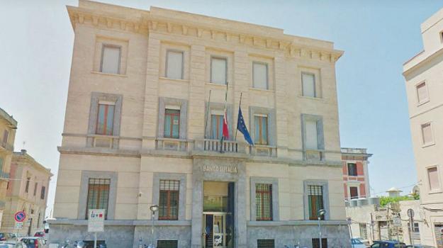 chiusura Banca d'Italia Trapani, Trapani, Economia