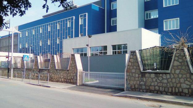 ospedale Abele Ajello di Mazara, Trapani, Economia