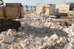 Castelvetrano, demolite 3 case abusive nella struttura Triscinamare