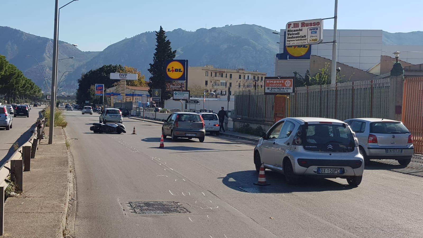 Incidente mortale in viale Regione Siciliana a Palermo: le foto dopo il  terribile impatto - Giornale di Sicilia