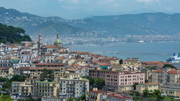 Billy, Billy Vietri sul Mare, mascotte Billy, statua Billy, Vietri sul Mare, Sicilia, Società