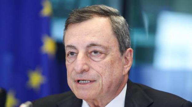 Draghi interviene oggi al parlamento europeo giornale di for Votazioni parlamento oggi