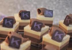 Arriva il «Tris Day», una giornata dedicata alla torta ai tre cioccolati di Ernst Knam