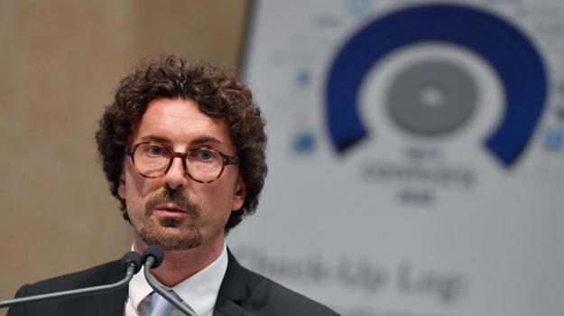 ragusa-catania, Danilo Toninelli, Sicilia, Economia
