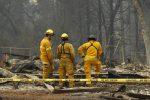 La California flagellata dagli incendi, il bilancio dei morti sale a quota 50