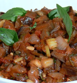 """Motta Camastra, le """"Mamme del borgo"""" aprono casa per offrire i prodotti tipici siciliani"""