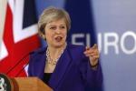 Brexit nel caos, la May annuncia il rinvio del voto sull'accordo con l'Ue
