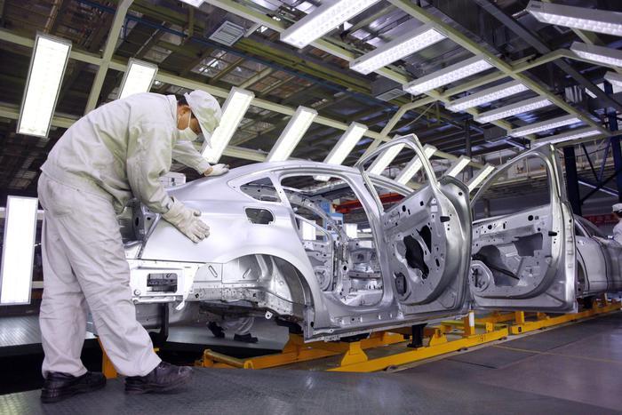 Mercato auto immobile nel 2018, Italia peggio delle altre