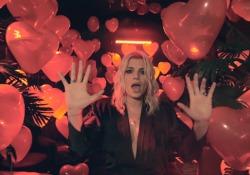 Emma, in anteprima il video di «Mondiale», una canzone d'amore 3.0