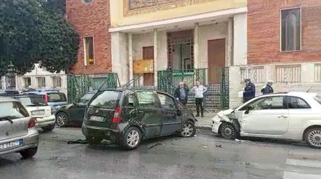 incidente in viale dei Cantieri a Palermo, incidente in viale Regione a Palermo, Palermo, Cronaca