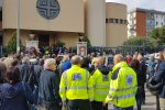 Centinaia di persone in lacrime per Giuseppe Liotta, le immagini dei funerali a Palermo