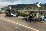 Incidente sulla statale a Butera: 2 morti e 4 feriti, coinvolte 2 auto e un furgone