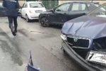 Incidente a Palermo in via dei Cantieri: tre feriti, uno è grave