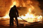 Ancora attentati incendiari a Gela, nella notte a fuoco quattro auto