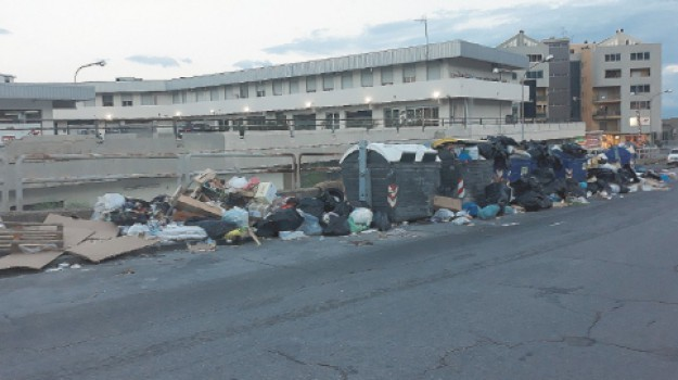 emergenza rifiuti Messina, Messina, Cronaca