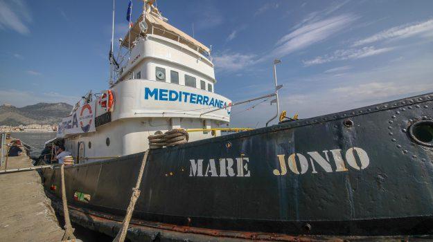 migranti, nave Mare Jonio, Sicilia, Cronaca