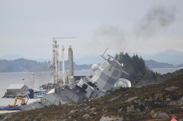 Norvegia: collisione petroliera-fregata - Ultima Ora