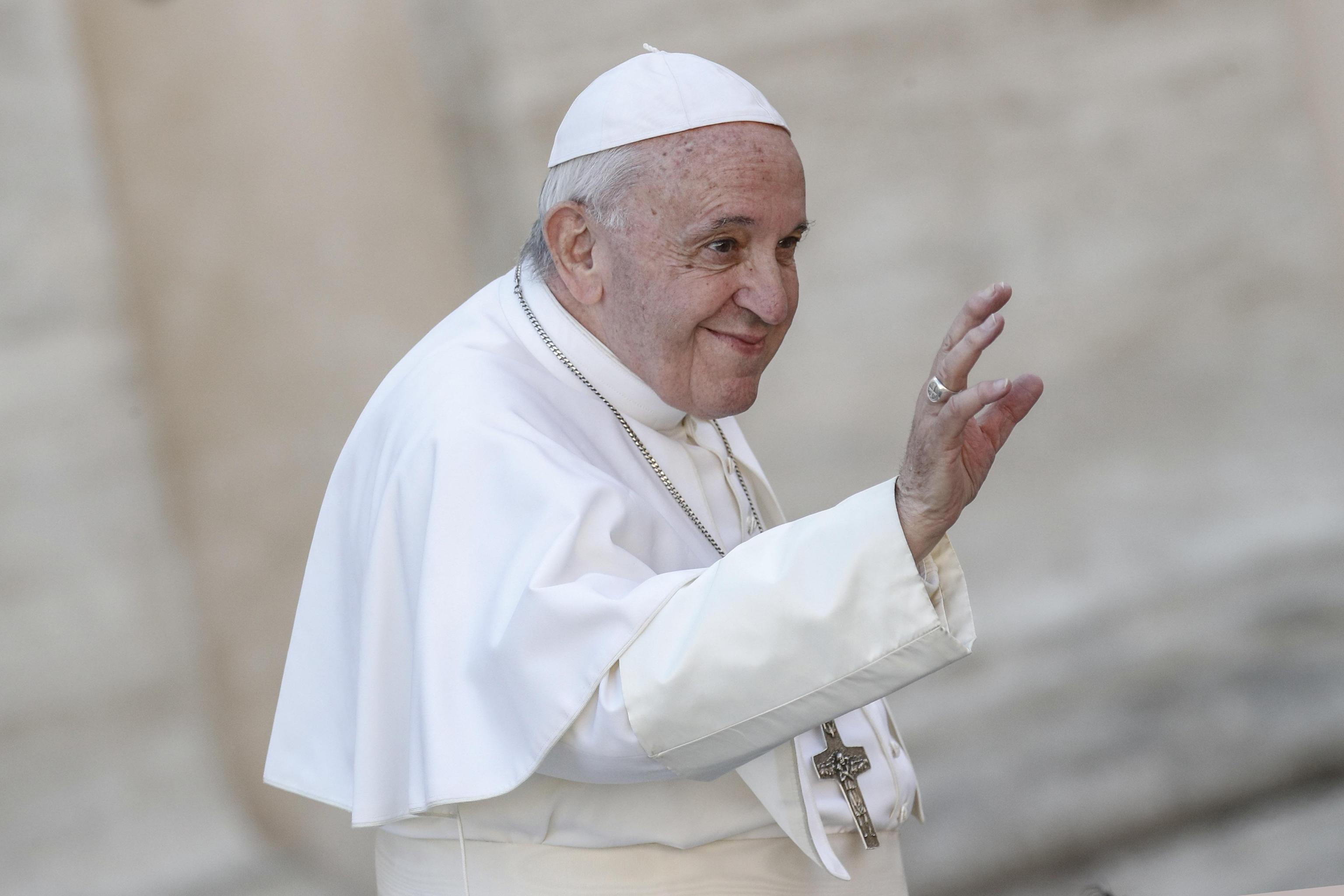 Papa ai genitori: 'Non litigate mai davanti ai bambini' - Politica