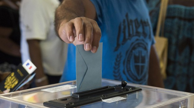 referendum nuova caledonia, Sicilia, Mondo