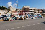 Roghi e strade sommerse dai rifiuti, a Messina si aggrava l'emergenza