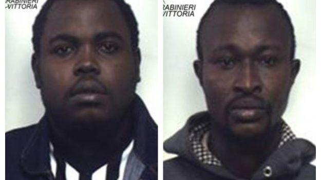 arresti, hashish comiso, sequestro droga, Jolomi Olomogbanghankomi, Yankyera Kyere, Ragusa, Cronaca