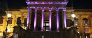 Palermo aderisce alla Giornata per la lotta al Tumore al Pancreas: ecco il Teatro Massimo illuminato di viola