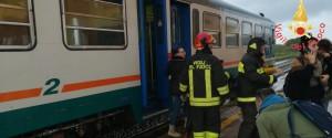 Maltempo, treno investito da una tromba d'aria: feriti nella zona di Crotone