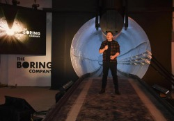 Elon Musk svela il primo tunnel sotto Los Angeles