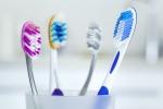 I giovani usano male lo spazzolino