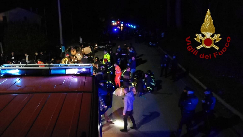 Corpi a terra numerosi feriti e tantissima paura per un evento le cui cause sono ancora da accertare