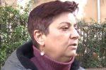 Ascensore guasto, a Palermo disabile portata in classe in braccio: la rabbia della madre