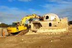 Abusivismo, il video delle demolizioni a Triscina
