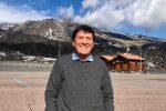 Gianni Morandi sceglie l'Etna per festeggiare i suoi 74 anni: sui social le foto della gita siciliana