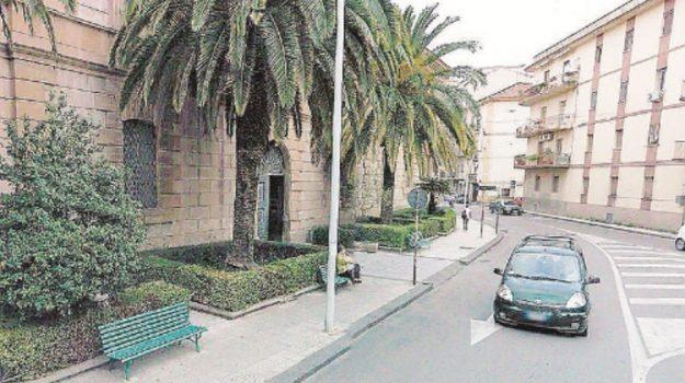 istituto testasecca caltanissetta, Caltanissetta, Economia